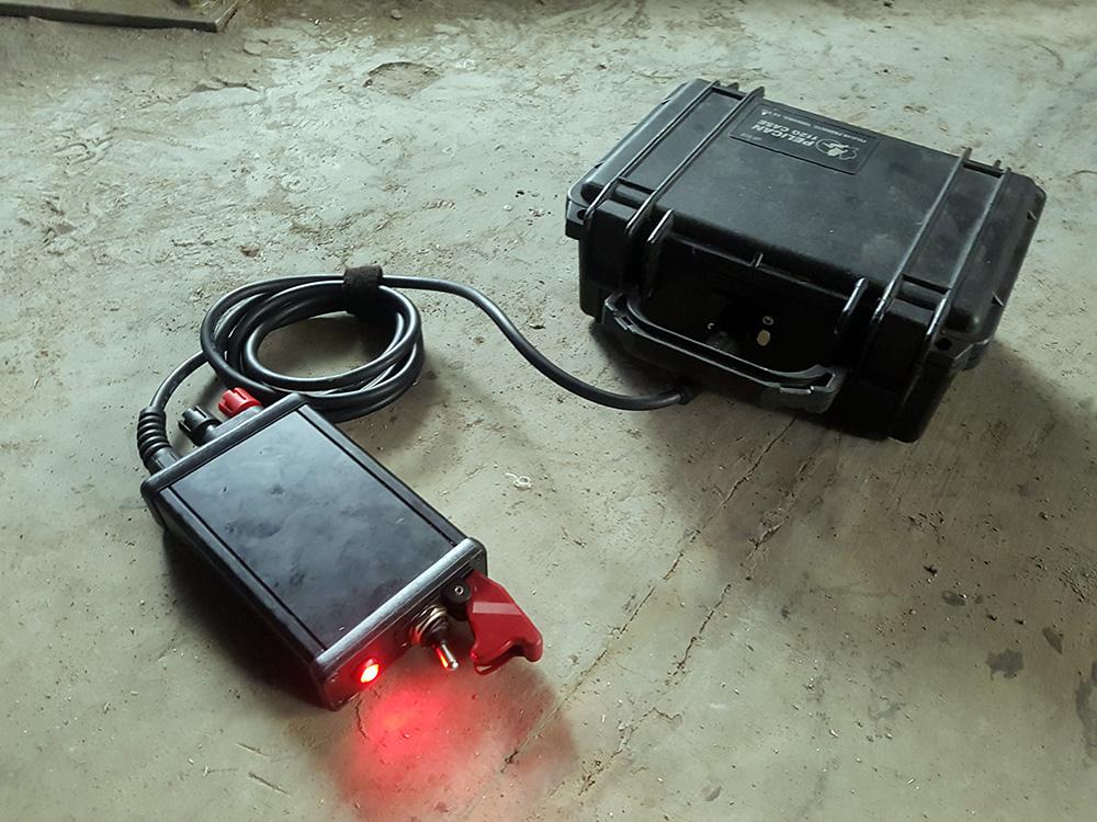 24v Single Hit Firing Switch & Battery Image