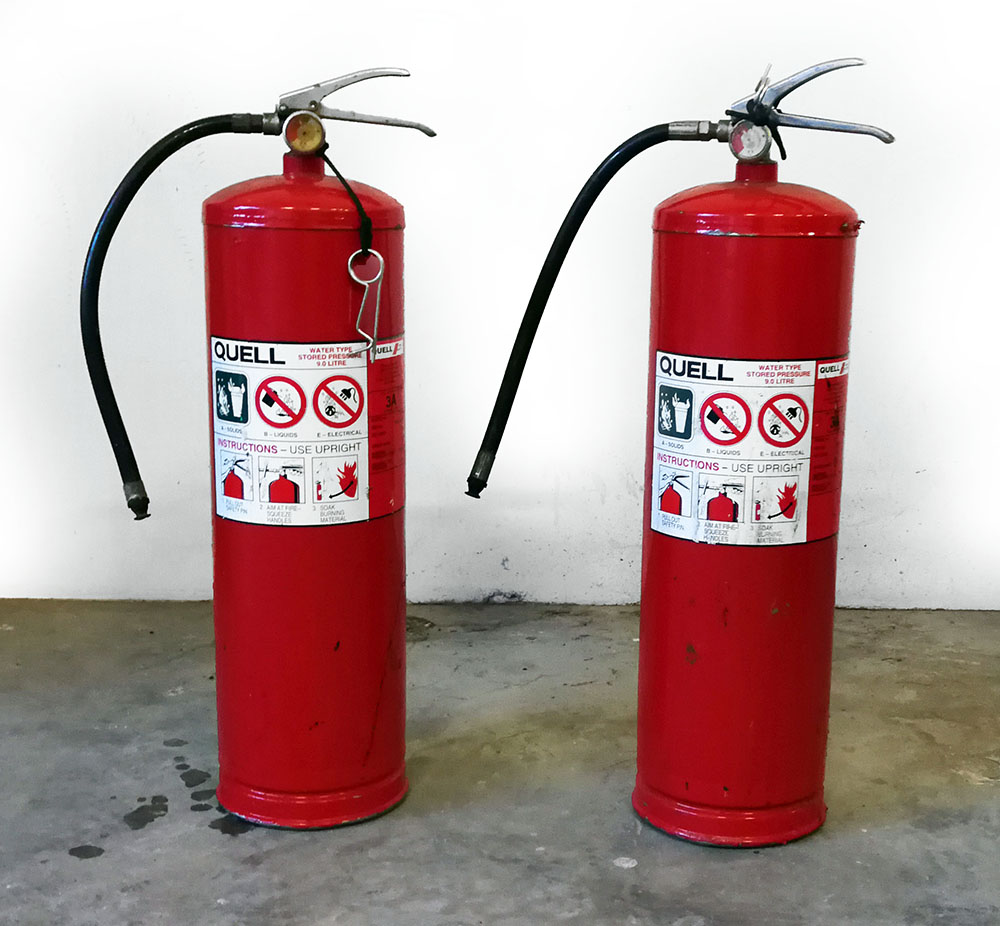 Refillable Water Fire Extinguisher Image